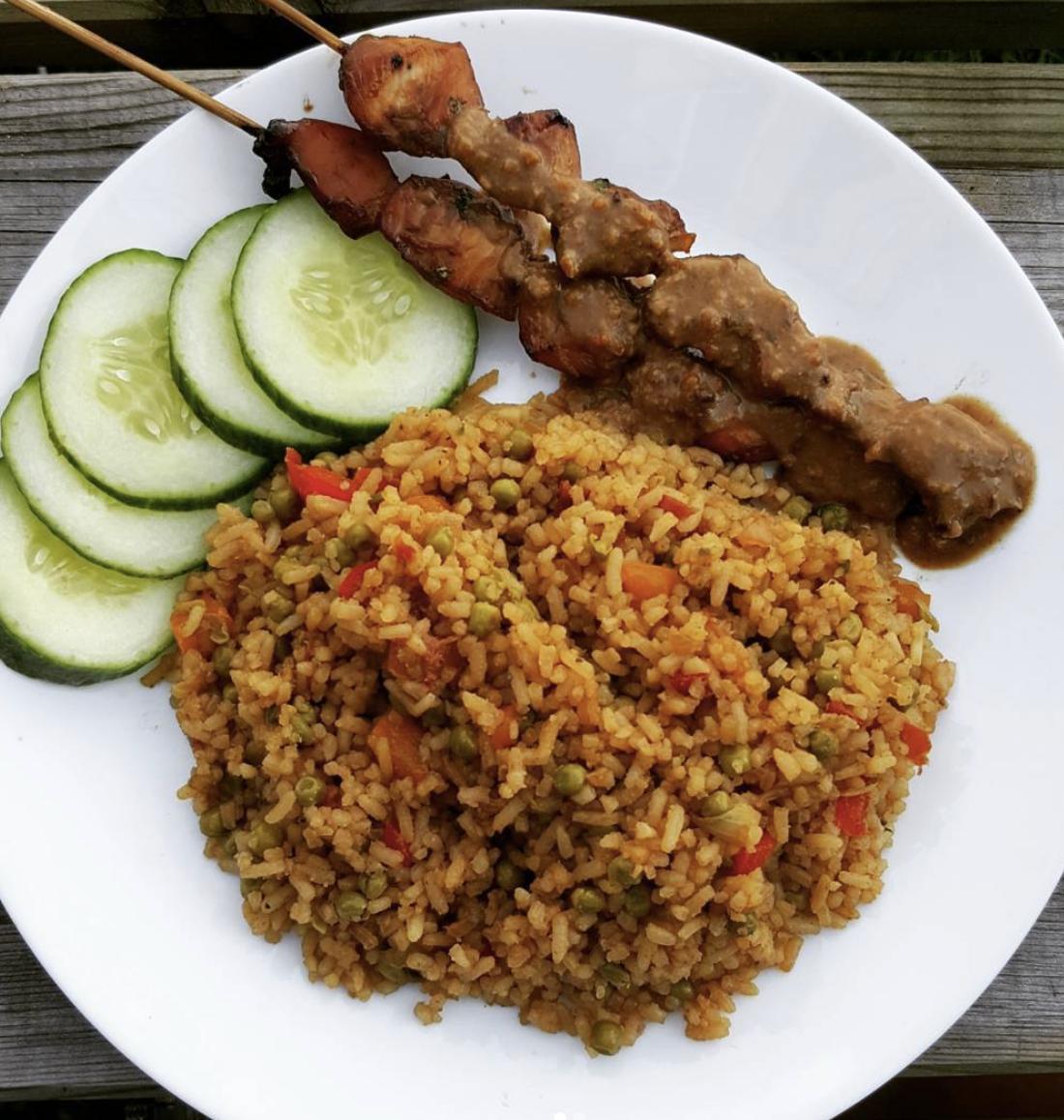 Nasi-doperwten & kip